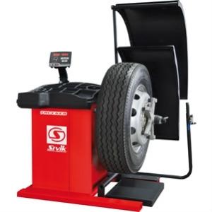 Балансировочный станок для грузовых автомобилей СБМП-200 TRUCKER Standart